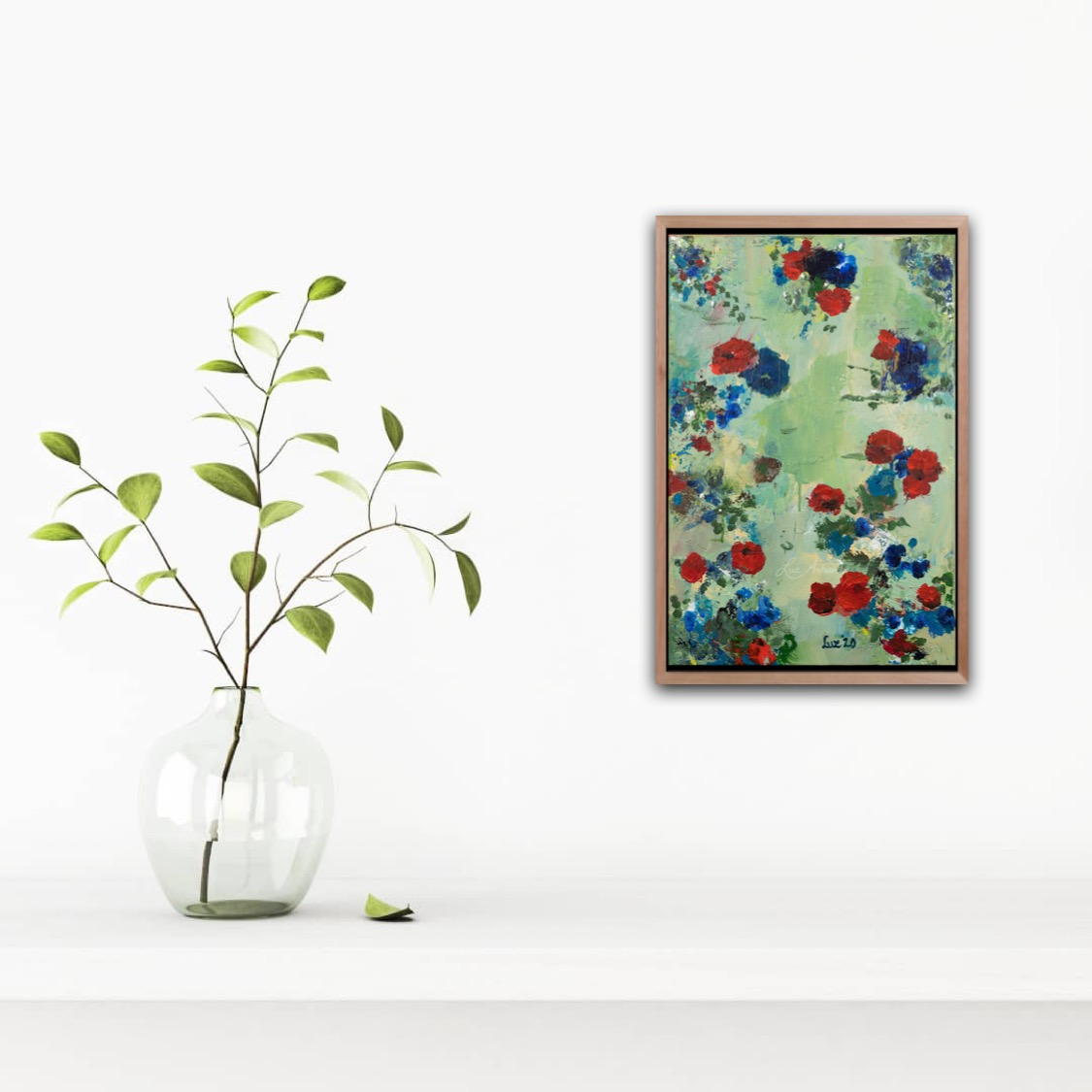 Painting Blue and Red Flowers - Marloes Bloedjes - Luz Artworks - On the Wall